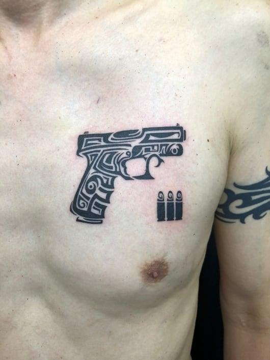 トライバル 拳銃