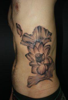 ブラック&グレー 蓮の花