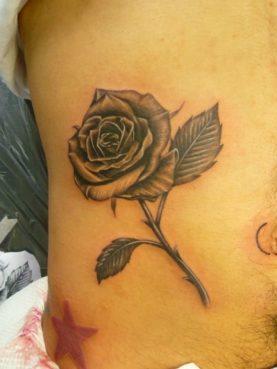 ブラック&グレー 薔薇