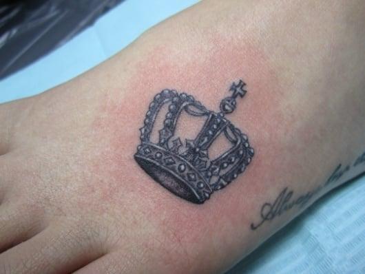 ガールズ 王冠