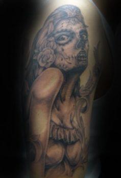 ブラック&グレー チカーノスタイル 女性 スカルメイク メキシカン