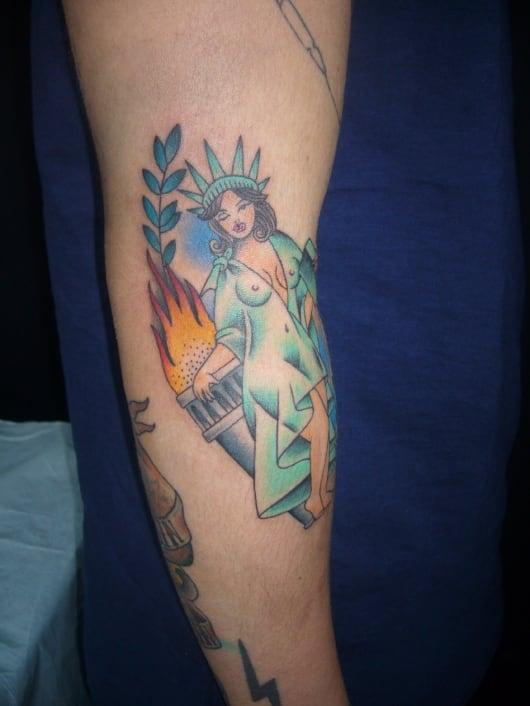カラー ピンナップ 自由の女神