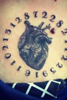 ブラック&グレー 心臓 heart