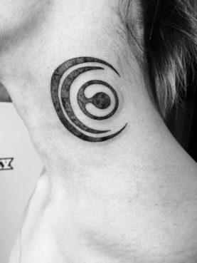 ブラック&グレー クロスフェイス ロゴ