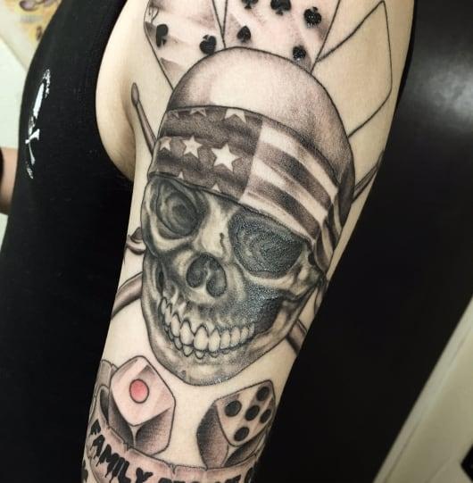 ブラック&グレー スカル バンダナ skull