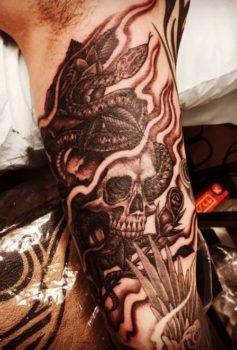 ブラック&グレー スカル 蛇 skull snake
