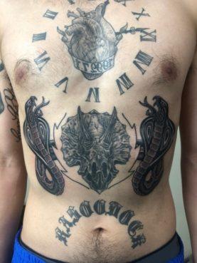 ブラック&グレー ハート 時計 コブラ トリケラトプス