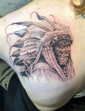 インディアンのタトゥー